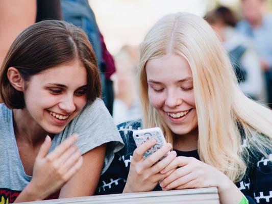 two teens girls